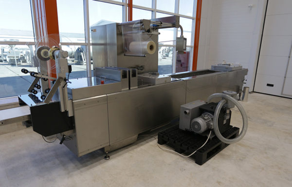Термоформовочная упаковочная машина Webomatic APS-ML 4600